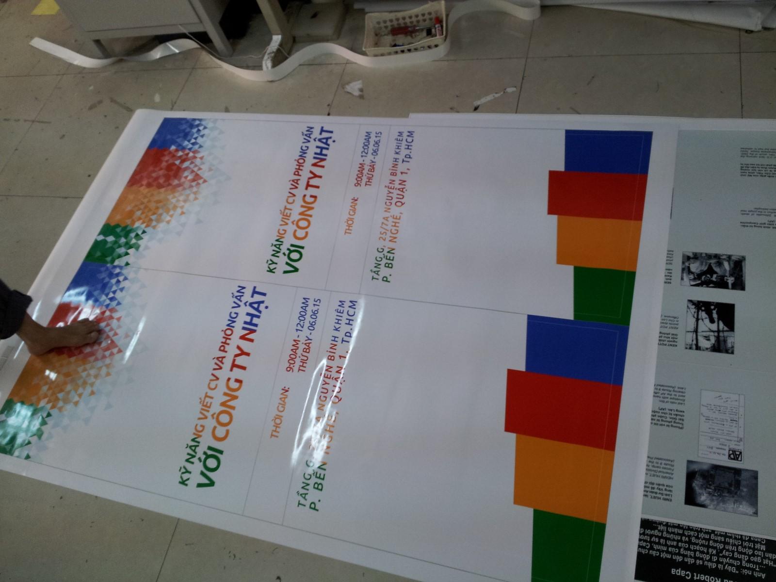 Poster PP cán màng bóng tuyệt đẹp cho các công ty, đại lý, showroom,... tại CongTyInNhanh